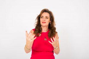 Bertine Blom spreker over Klantgeluk, Werkgeluk, Geluk in het Onderwijs en Jongerengeluk